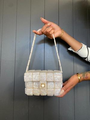 Buy: Nidia Shoulder Bag in Pearl Speck