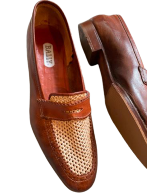 Buy: Vintage flat shoes Size 9.5