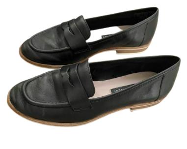 Buy: Black Loafer Shoes Size 5.5